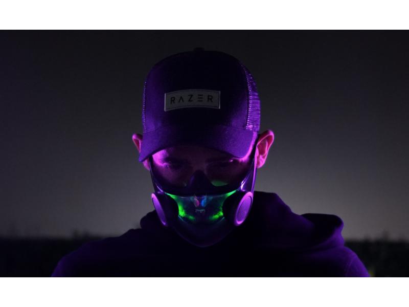 CES 2021 - Razer maske sa RGB svetlom